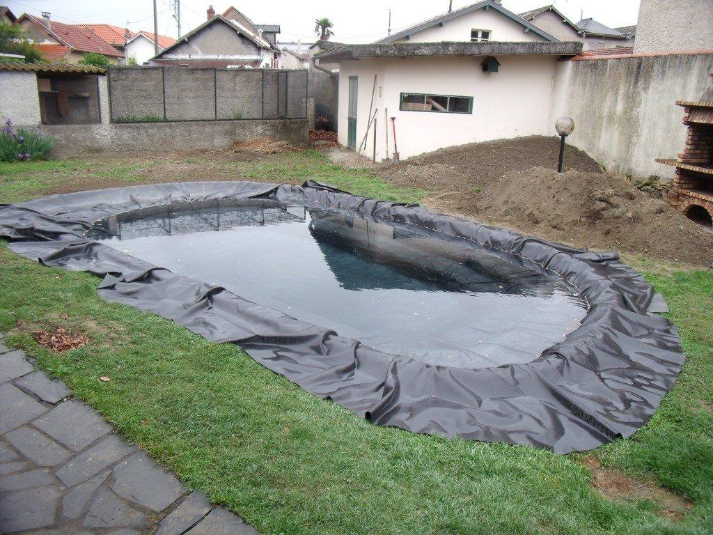 V1 realisation d un bassin d environ 16000l l 39 aquarium for Bache pour bassin 8x6